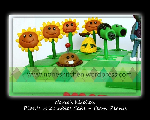 Norie's Kitchen - Plants vs Zombies Cake 5 - Team Plants