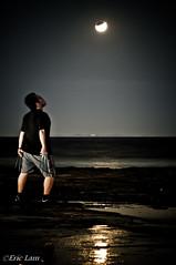 Wolveric: Howl to thy blood moon. (Bluemonkey08) Tags: moon newcastle australia moonrise nsw mooneclipse d90 newcastlebaths strobist nikon80200mmf28afd ericlam nikond90 metz58af1 bluemonkey08 yongnuowirelessct301p
