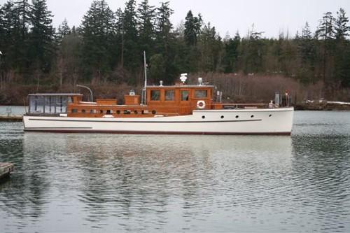 classic boat wooden yacht motor motoryacht
