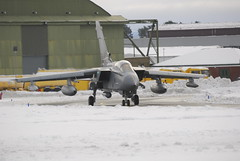 _JR04767 (phantom ocu) Tags: snow bomber tornado raf lossiemouth lossie gr4