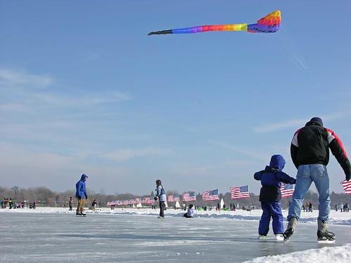Winter Kite Festival 2006 skate below the kites
