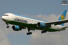 VP-BUF - 33078 - Uzbekistan Airways - Boeing 767-33PER - Heathrow - 060429 - Steven Gray - IMG_4090