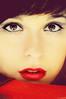 En busca de Caperucita (Lunayda) Tags: red portrait girl face fairytale nikon tale caperucita littleredriddinghood