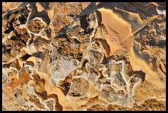 Playa de La Pineda - Rocas (Joaquim F. P.) Tags: textura stone nikon mediterranean playa mineral catalunya geology geo roca catalua tarragona gea salou lapineda piedra geologia espign jfp costadorada costadaurada goldencoast geologa mediterraneangoldencoast