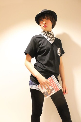 QOS anagram Print  bandanna and Pocket T - Yui