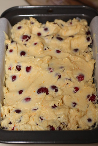 Cranberry Pound Cake With White Chocolate