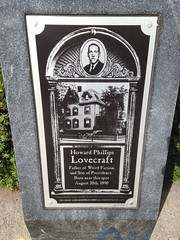 H.P. Lovecraft (Mycophagia) Tags: rhodeisland hplovecraft author eastprovidence waylandsquare memorial plaque historicalmarker edifice