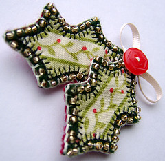 Christmas holly brooch (buttercup boutique) Tags: christmas festive pin handmade brooch holly textile fabric badge