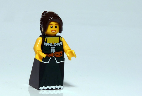 7952 - 2010 Kingdoms Advent Calendar - Day 16 - Barmaid