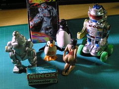 Some of my Paris garage sale treasures from this week-end (busy.pochi) Tags: minox minocolor film penguin pingouin mechogodzilla robot windup ペンギン メカゴジラ ロボット 玩具 jouet toy videgreniers garagesale フィルム compact