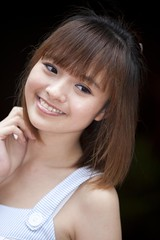 Wei Ting (CS.07) Tags: portrait woman canon model singapore pretty 5d weiting 70200mmf28lis