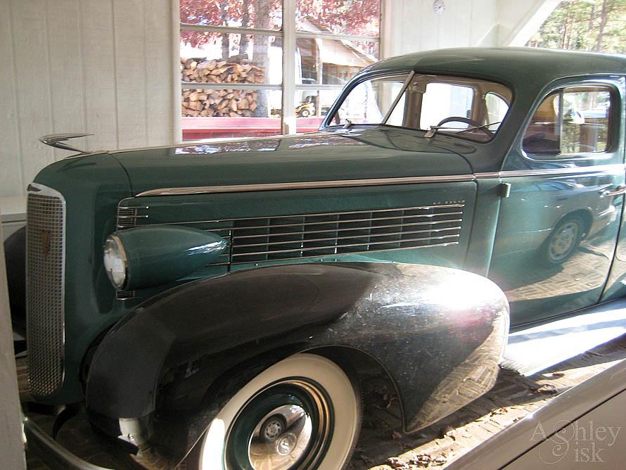 Antique Car SOOC