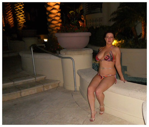 bikini-sexy-wife-sex-change-lady-boy-nude-photo
