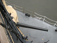 Gun on the USS Olympia (FranMoff) Tags: boat gun ship navy cannon olympia artillery cruiser uss c6 ca15 protectedcruiser cl15 ix40