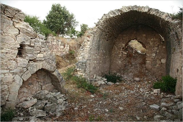 Ναός Αγίου Γενναδίου, Μωρόνερο / Saint Gennadios temple