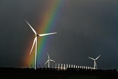 [フリー画像] 建築・建造物, 工場・産業機械, 風車, 虹, 発電所, 201012160100