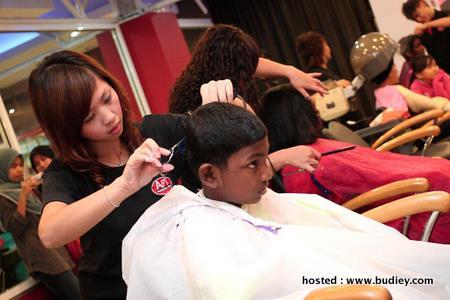 Hair Cut At Apt2(B)