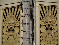 Pantages Theater (Renee Rendler-Kaplan) Tags: trip winter vacation sculpture building design la losangeles 1930s twins duo landmark visit double socal similar hollywood artdeco trippy decor 2010 hollywoodcalifornia hollywoodboulevard laist pantagestheater oldhollywood birdspikes boulevardofbrokendreams hoorayforhollywood reneerendlerkaplan whatisawonmyvacation westsidestoryisplayingherenow pantagessign 7reasonstolovela122010