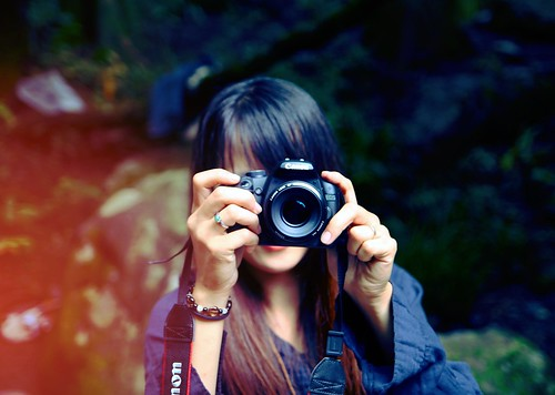 girl with camera ひろかちゃん