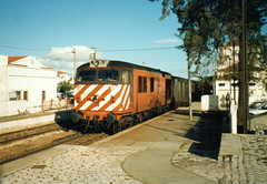 CP 1800 Class 1802 - Albufeira, Portugal (dwb photos) Tags: portugal diesel railway albufiera 1802