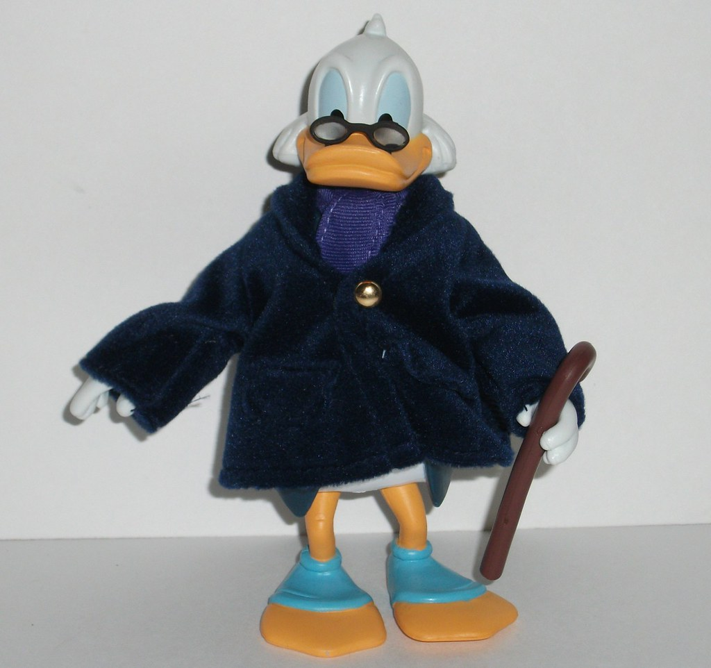 Uncle Scrooge Christmas Carol.Uncle Scrooge Ducktales As Ebenezer Scrooge Figure Review