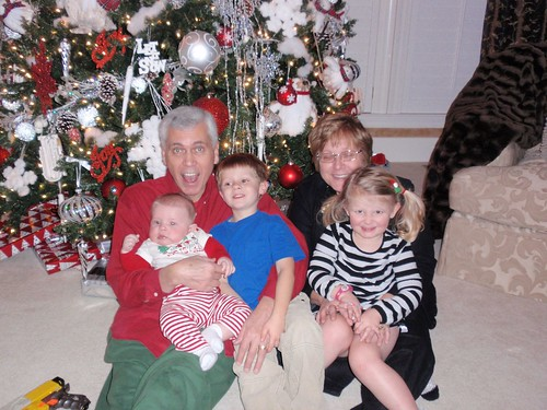 12.24.10 Papa, Mason, Libby, Mimi and TJ (2)