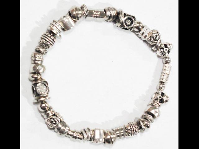 Gene Hardware bracelet 02