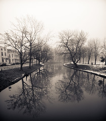 Lepelenburg / Maliesingel, Misty Utrecht, Winter 2010 (lambertwm) Tags: winter mist holland misty fog vinter haze utrecht nebel hiver foggy nederland thenetherlands  holanda invierno nebbia inverno  zima  paysbas niebla brouillard niederlande  nevoeiro k   holandia  hollanda pasesbajos nederlnderna paesibassi  vinteren alankomaat       musumdingin