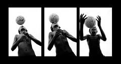 (Lucas Ninno) Tags: street boy brazil people blackandwhite bw music playing game art brasil kids ball fun football kid pessoas mt play arte gente artistic head soccer juegos garoto pb diverso musica deporte brincar alegria criana trick bola alegre juego crianas criancas jogo brasileiro esporte esportes pretoebranco menino futebol matogrosso artful cabea ftbol pelota brincadeira ruas crianca skill ability brasileira skillful montagem guri divertido cuiab dominio jogar divertir sequencia centrooeste dominar cabeada habilidoso centroeste embaixadinha pepeugomes tenteia hablilidade