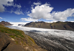 Giant Glacier (diamir8000) Tags: travel blue sky mountain mountains ice nature clouds canon landscape geotagged island iceland nationalpark natur wideangle bluesky glacier 7d gletscher skaftafell 10mm sigma1020mmf456exdc canoneos7d
