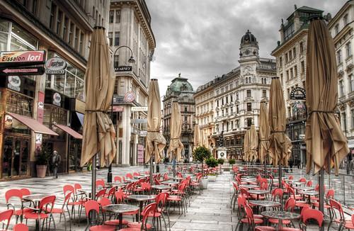 Red terrace. Graben, Vienna. Terraza roja. Viena