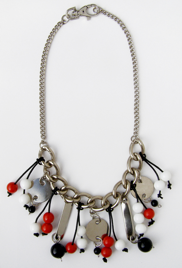 a_s_proto by anu samarüütel berry necklace 8