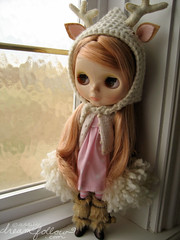 wesley window (merwinglittle dear) Tags: pink winter window vinter deer antlers va blythe arden maidensuit