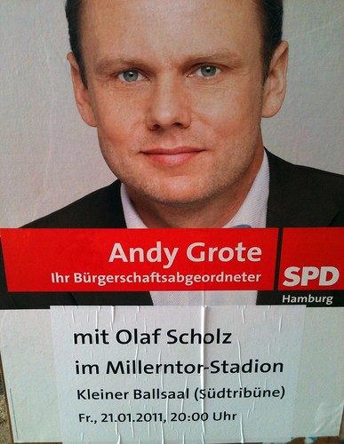 Andy Grote mit Olaf Scholz im Millerntor