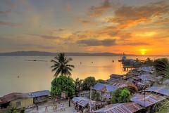 Hondagua December Sunset (therealbrute) Tags: sunset sun golden pier philippines goldensunset seaport quezon pfm lamonbay hondagua pwpartlycloudy