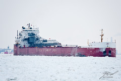 CSL Niagara Pulls Through the Ice