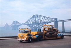 Foden S40 Scottish Plant Hirers 1969 (ronnie.cameron2009) Tags: truck transport lorry trucks bulldozer forthroadbridge lorries tracked foden haulage lowloader roadtransport heavyhaulage roadhaulage haulagecontractors