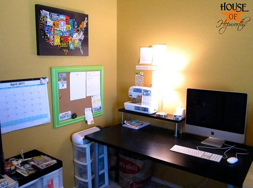 Cork_board_office_HoH_16