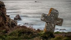 Mystery (Jean-Luc Peluchon) Tags: fz1000 lumix panasonic mer sea ocean manche atlantique dramatic mystical longexposure impressive night cross stone cliff celtic vague rivage beach nature artistic