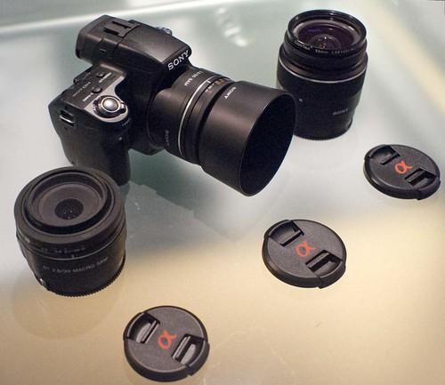 Sony SLT-A55V 18-55mm 30mm f2.8 Macro 85mm f2.8