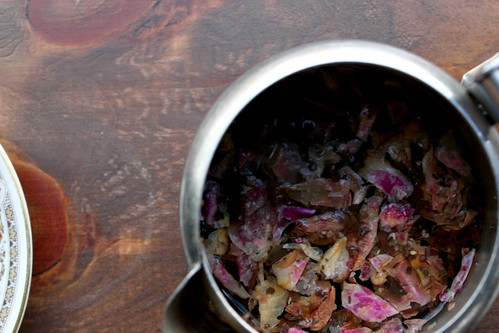 rose & black tea