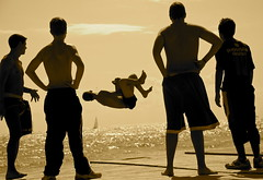 Parkour in Barcelona (rabataller) Tags: barcelona espaa beach jumping spain teenagers teens playa catalonia barceloneta catalunya catalua adolescentes parkour chicos saltar rabataller nikond300s