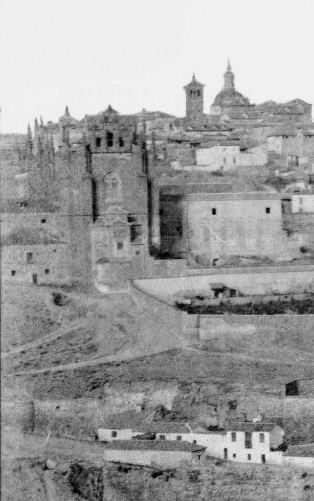 San Juan de los Reyes en 1858. Fotografía de Gustave de Beaucorps (detalle)