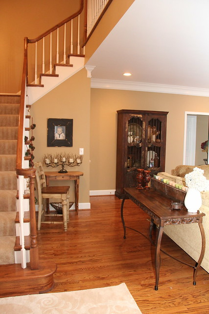 Enclosing A Two Story Foyer : The grand entrance s unskinny boppy