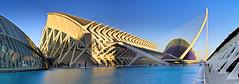 Ciutat de les Arts i les Cincies, Valencia (E) (Panoramyx) Tags: panorama espaa valencia museum spain museu muse panoramica museo espagne hdr spanien valence spagna valncia comunidadvalenciana comunitatvalenciana enunllocalarosadelsvents