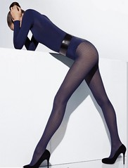 Turtleneck bodysuit, pantyhose and high heels 2 (sophie s) Tags: tights heels alta turtleneck alto pantyhose col gola collo rollkragen roul   rullekrave