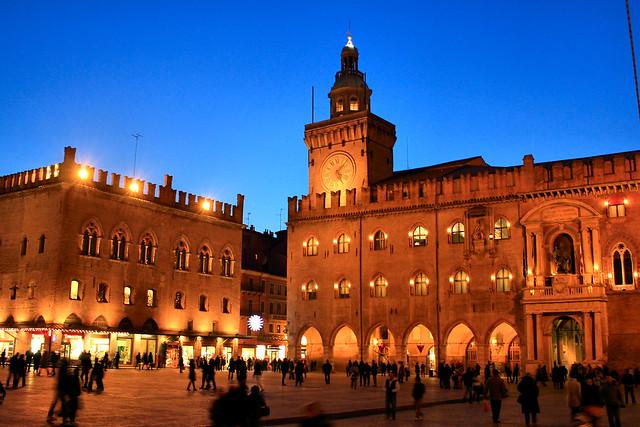 piazza Grande Bologna
