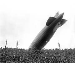 Graf Zeppelin Over Wembley (lazzo51) Tags: aviation science blimps airships zeppelins luftschiff dirigibles grafzeppelin lz127