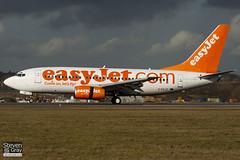 G-EZJZ - 32421 - Easyjet - Boeing 737-73V - Luton - 100205 - Steven Gray - IMG_6883