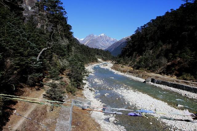 yumthang river